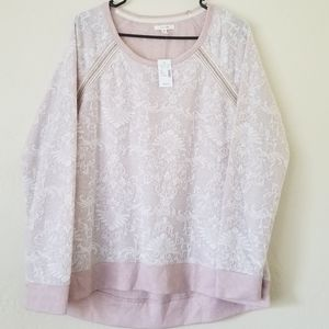 Long sleeve pink sweatshirt with lace pattern